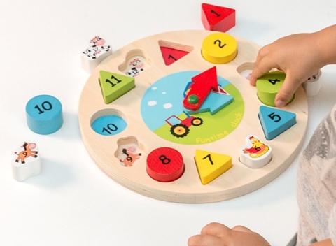 88c3df6acc71 Drevené hodiny puzzle na učenie číslic