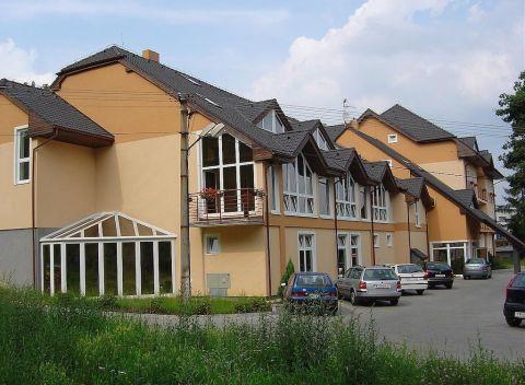 Víkend plný relaxu v tichej časti kúpeľného mesta Bojnice v hoteli Kaskáda  s jedinečným wellness. d3ad6e941ef