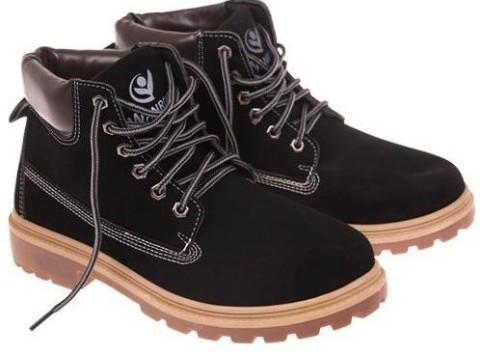 Členková obuv Marisa v čiernom prevedení s protišmykovou podrážkou 3be41299cf2