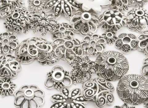 8dc3a613892c Rôzne ozdobné predmety na výrobu šperkov