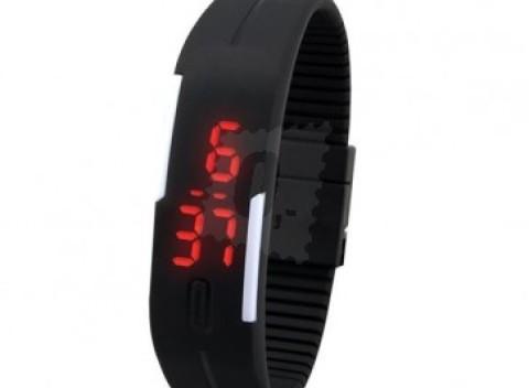 92ce25bc1 Športové silikónové LED hodinky v čiernej farbe, jednoduché a elegantní,  pre mužov aj pre