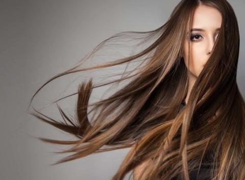 Žiarivé vlasy so SteamPod kúrou s profesionálnym strihom v Salóne Beauty  Expert. 057b4334c19