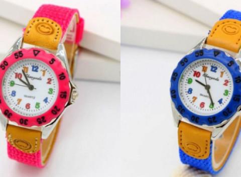 Krásne farebné detské hodinky s kvalitným remienkom. Výber z viacerých  farieb. 877972c094d