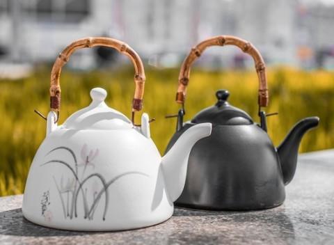 Nádherné keramické čajníky z kvalitného prírodného materiálu - darček pre  celú rodinu. bfa5ded63b