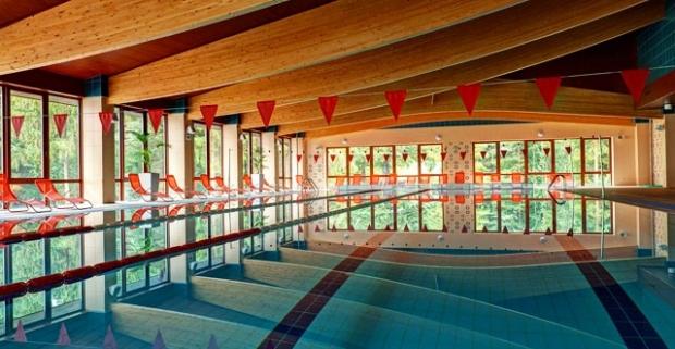 Hľadáte ideálne miesto na rodinnú dovolenku či romantický relax vo dvojici? Alexandra Wellness 3* Hotel v Liptovskom Jáne je ten správny.
