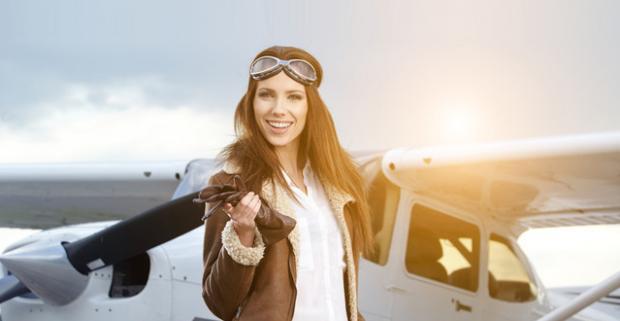 Let a pilotovanie luxusného lietadla pre 1 alebo 3 osoby. Vrčanie motora, pocit slobody a výhľad na krásy Slovenska.