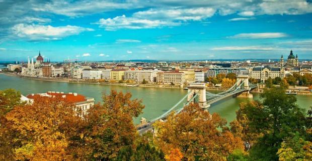 Spoznajte krásy a pamiatky metropoly Maďarska - Budapešti. Cenovo výhodné ubytovanie pre dvoch v hosteli Zen House neďaleko od centra mesta.