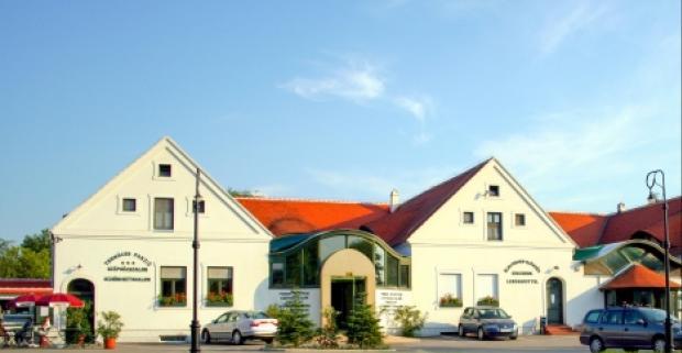 Relaxačný pobyt v modernom hoteli Tornacos*** v maďarských kúpeľoch Hegykö. Bohatá polpenzia, neobmedzený wellness i termálne kúpele.
