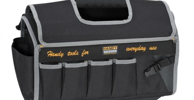 Polyesterová taška na náradie veľká. Veľmi praktická, na vonkajšej strane s vreckami rôznych veľkostí, a podobne aj vo vnútri.