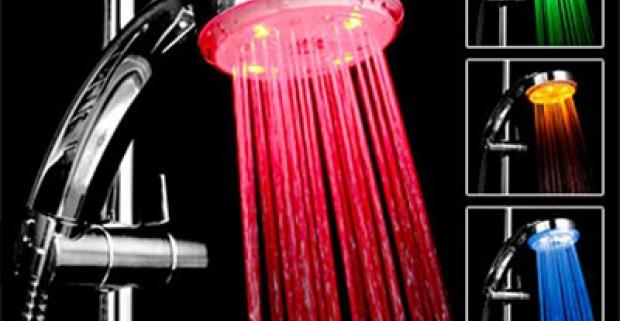 Svietiaca LED sprchová hlavica. Mení farby podľa aktuálnej teploty vody! Skvelý relax teraz aj vo vašej kúpeľni.