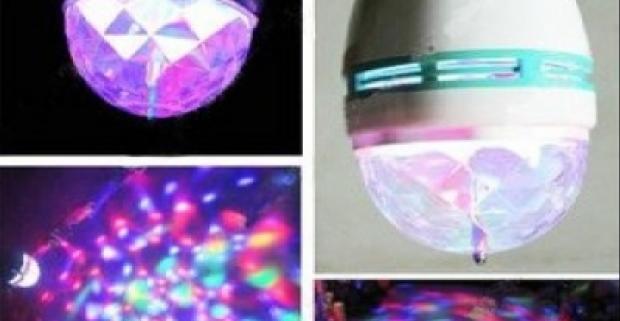 RGB farebné rotujúce disco osvetlenie s e27 objímkou. Dekorácia, ktorá urobí oslavu, bar či diskotéku jedinečnou.