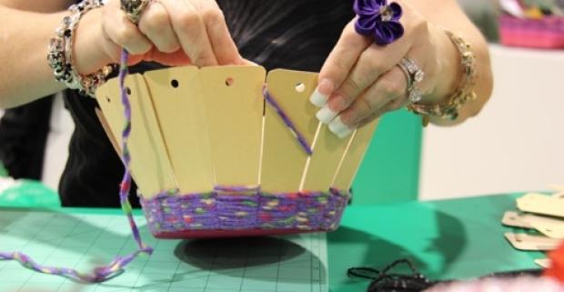Vyhotovte si svoje ozdobné košíky priamo doma so skvelou pomôckou - basket frames rám na pletenie košíka v rôznych rozmeroch.