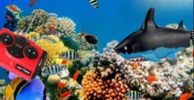 Robotická ryba na diaľkové ovládanie. Potápa sa, mení smer a rýchlosť takmer ako živá. Pusti svoju rybu do vody a uži si kopec zábavy.