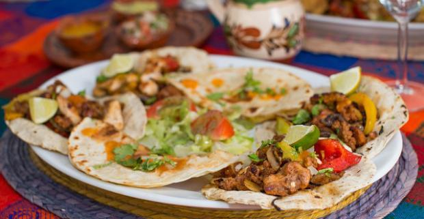 2x menu aj s 500 ml nápojom na výber v reštaurácii Blue Agave. Typický mexický štýl, kde vám jedlo pripraví rodený Mexičan.