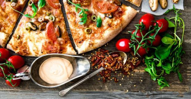 Akákoľvek pizza podľa talianskej receptúry v Starom Meste - Bratislava. Doprajte si jedinečnú pochúťku s vôňou a chuťou Talianska.