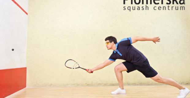 Hodina squashu + dva iontové nápoje v modernom novo-mestskom Squash Centrum Pionierska v Bratislave. Skvelá a dynamická hra.