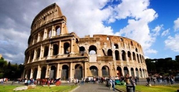 Prežite históriu na vlastnej koži a užite si krásy Talianska. 5-dňový zájazd - Rím, Vatikán, Vezuv, Pompeje, Herculaneum, Capri a Neapol.