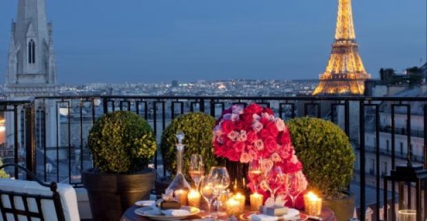 Päťdňový zájazd do Paríža. Spoznajte magické pamiatky a najzaujímavejšie miesta tejto metropoly: Versailles, La Defence, Montmartre.