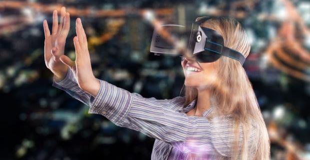Nechajte sa obklopiť svetom virtuálnej reality a zažite to, o čom druhí len píšu. Možnosť hry pre dvoch naraz.