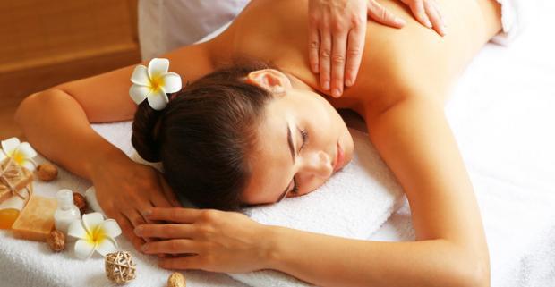 """Exotický masážny balík """"Dotyk exotiky"""" v Ayurasan massages & relax. Senzuálny zážitok pohladí všetky vaše zmysly a uvoľní celé telo."""