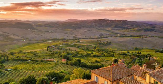 Dobré víno, malebná krajina, priezračné more, umenie a história. To všetko na vás čaká v kúzelnom Toskánsku s ubytovaním vo vidieckej vile.