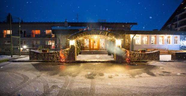 Skvelý oddych, čistý horský vzduch a kopec zážitkov na vás čaká pri tatranskom pobyte s wellness a masážou v rodinnom hoteli Nezábudka***.