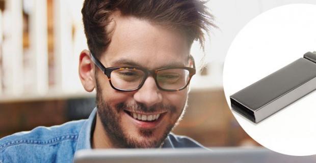 Majte vždy pri sebe potrebné dokumenty, software, alebo fotografie vďaka flash disku s moderným dizajnom a kapacitou 32GB.