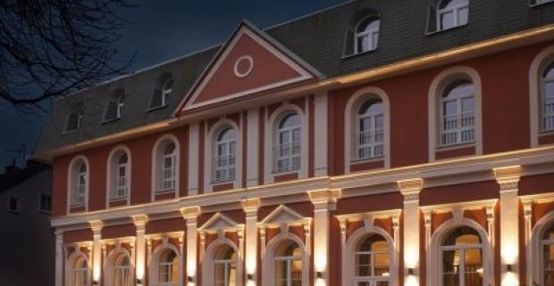 Načerpajte nové sily a užite si romantiku v Karlových Varoch. Wellness pobyt so 16 procedúrami, polpenziou a nápojmi v 4* hoteli Millenium.