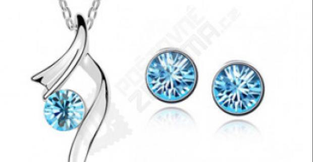 Luxusná sada šperkov - náušnice a náhrdelník s kamienkom v rôznych farbách.