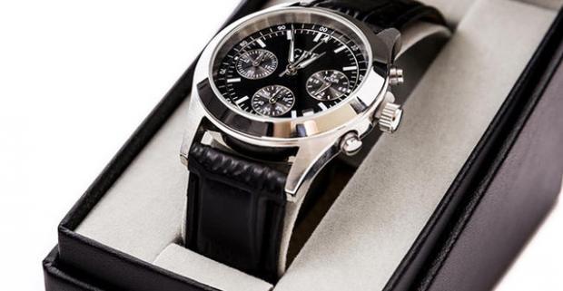 Elegantné a štýlové pánske hodinky model GFF Chronograph. Rýchlosť plynutia  času sa nedá zmeniť. Elegancia 6f19d2df393
