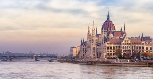 Užite si luxusnú dovolenku v Expo Congress Hotel Budapest**** pre 2 osoby s wellness, raňajkami a panoramatickým výhľadom na celú Budapešť.