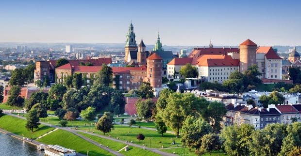 Spravte si výlet a navštívte európsku metropolu a druhé najväčšie mesto Poľska - Krakov. Pobyt pre 2 osoby s raňajkami v Hoteli Panorama**.