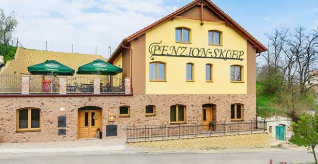 V malebnom penzióne Sklep u našich českých susedov sa vám určite bude páčiť. Skvelý 3, 4 či 6-dňový pobyt s konzumáciou vína pri Brne.