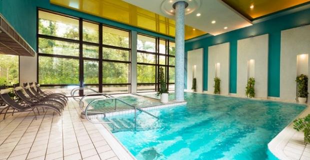 Kúpeľne procedúry, wellness, polpenzia a pobyt v modernom 4* hoteli Danubius Health Spa Resort Palace v slovenských kúpeľoch Piešťany.