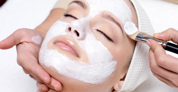Potrebujete vašu pleť hydratovať? Siahnite po jednom z balíčkov luxusných a ohľaduplných ošetrení pleti podľa výberu kozmetikou Dermalogica.